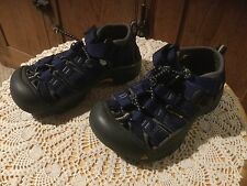 Pre Owned Child's Size 9 Keen Water Shoes.Navy, Yellow, Black.