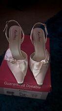 ladies ivory satin shoes size 5 wedding, prom, dyeable