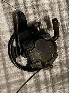 Nissan 350z 350 z power steering pump KYB