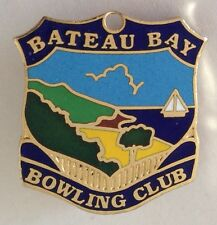 Bateau Bay Bowling Club Badge Rare Vintage (K10)