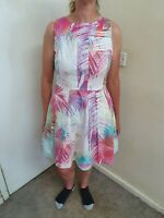 Karen Millen Tropical Print lined fit and flare dress size 14