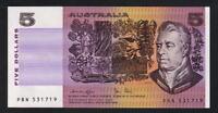 Australia R-207. (1979) Five Dollars.. Knight/Stone.. aU-UNC