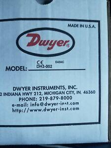 DWYER INSTRUMENTS Digital Panel Meter,Pressure, DH3-002