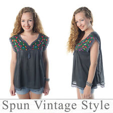 Vtg Mexican Oaxacan style floral embroidered boho hippie Blouse gypsy V neck Top