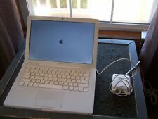 "Apple MacBook ""Core 2 Duo"" 2.13 13"" (White-09) Works Fine but SOLD AS IS"