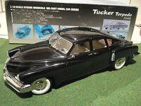 TUCKER TORPEDO noir 1948 au 1/18 d KYOSHO 08201K voiture miniature de collection
