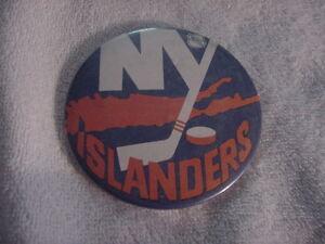 VINTAGE 1970's New York Islanders 3 1/2 Inch Pinback, NICE!!