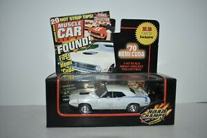 Road Champs KB Toys Exclusive 1970 Plymouth Hemi Cuda 1:43 Scale 2000 MIB