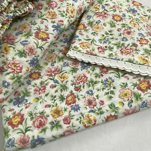 Westpoint Stevens Floral QUEEN Flat Sheet & Fitted Sheet & Lace Edged Pillowcase