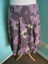 TU LILAC GREY PATTERNED BOHO PLEATED DEEP WAIST BAND SKIRT SIZE 8