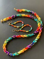 VTG. Twisted 3 strand rainbow MOP shell beaded necklace with hoop earrings set