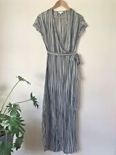 WITCHERY GRAPHIC PRINT WRAP STYLE LONG DRESS