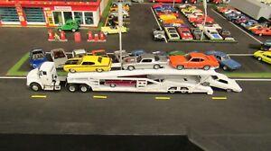 SPECCAST WHITE IH 8600 SEMI CAR TRANSPORT TRANSPORTER CARRIER TRAILER 1:64/ MTB