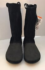 New Crocs Berryessa Boots Black Leather Suede  Suede Women Boots Sz 4