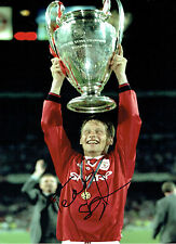 Teddy SHERINGHAM Signed Autograph Man Utd Champions League 16x12 Photo AFTAL COA