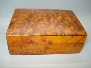 HANDMADE THUYA WOOD SQUARE  BOX/JEWELLERY /TRINKETS from Morroco Fairtrade