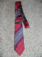 Vince Camuto Tie Mens Red Gray 100% Silk  NWT