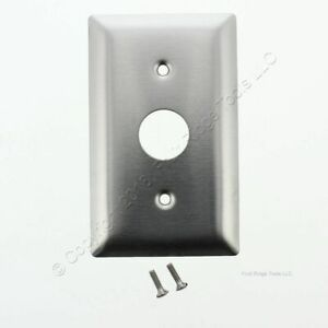 """P&S Stainless Steel 1-Gang Locking Switch .906"""" Diameter Hole Wallplate SS717"""