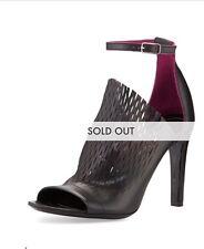 BALENCIAGA Laser-cut Ankle-Wrap Glove Sandal, Noir/Violet-NIB 37,38