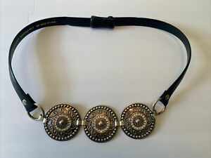 Chicos Sm Black Leather Adjust Concho Belt Silver Medallion Rhinestone Buckle