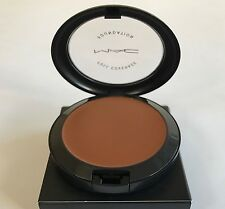 MAC PRO Full Coverage Foundation NW40 100% Authentic