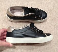 Tods Ladies/Girls Leather Trainers Uk 2/ Eu 35 . Rrp 285£