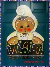 HP wooden wall hanging gingerbread in ghost costume holding Halloween banner