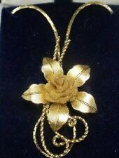 "CENTENNIAL GOLD INC. 30"" CHAIN & FLOWER ROSE PENDANT W/BOX GOLD TONED RETRO"