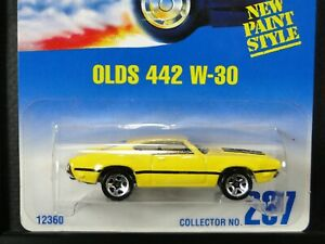 OLDS 442 W-30, Hot Wheels #1995-267, Yellow w/ Black, 5SP wheel variation