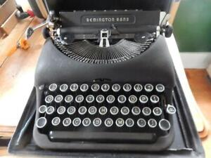 Remington Rand Deluxe Model 5 Antique Typewriter in Case! Used, Good.