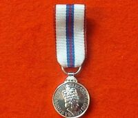 SWING MOUNTED SILVER JUBILEE MINIATURE MEDAL ENG Medals