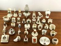 A Collection of 37 English Crest Ware Crested China [5859]