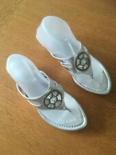 CLarks Ladies Thong Wedge Sandal In Silver Size Uk7 Eu41
