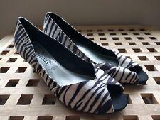 New Look Black & White Zebra Print Wedge Peep Toe Shoe size 3