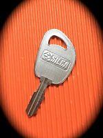 JOHN DEERE RIDE ON MOWER KEY -Precut Keyblank FREE POST! -D1098, JD100