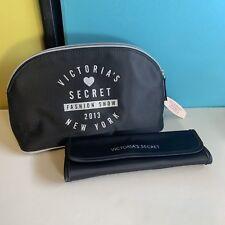 NWT Victoria's Secret Fashion Show 2013 New York Makeup Bag w/ 3 Piece Brush Set