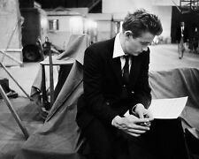 "JAMES DEAN REVIEWS LINES ON SET OF ""REBEL WITHOUT A CAUSE"" - 8X10 PHOTO (ZZ-826)"