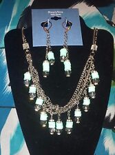 SIMPLY VERA WANG NWT $52 women's necklace & earrings set light blue clear
