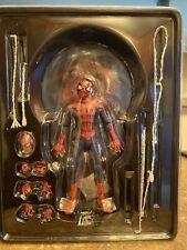 mezco one 12 Classic Spiderman AUTHENTIC