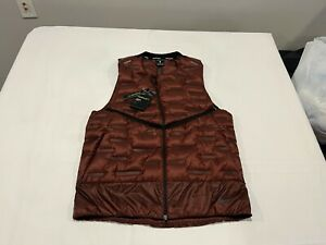 NWT $180.00 Nike Mens Aeroloft Insulated Running Vest Mystic Dates Red SZ SMALL