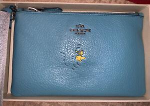 ⭐️ New NWT Coach Snoopy Peanuts Woodstock Zip Wristlet F16110