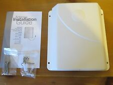 Wilson 304471 Ceiling Mount Panel Antenna 700-2700MHz 75 Ohm 304471