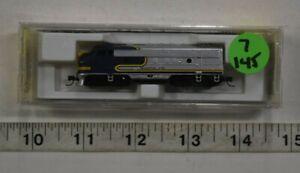 """Lot 7-145 * Z Scale Micro Trains 14010-2, F7A Unit - Santa Fe """"Bluebonnet"""" w/box"""