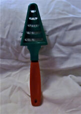 AVON 1994 VINTAGE CHRISTMAS TREE FOLDABLE HAIR BRUSH RED GREEN STYLING TOOL COMB