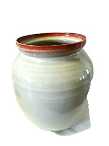 "NORTH CAROLINA POTTERY URN/VASE-8 1/2""-High Gloss Glaze-Rim Chip + Lid"