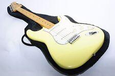 FENDER JAPAN ST-72 Stratocaster Electric Guitar RefNo 334