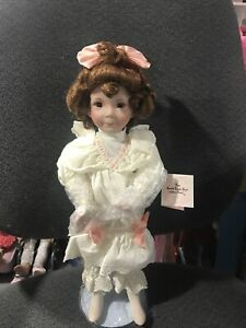 """DIANA EFFNER DOLLS """"THE GOOD LITTLE GIRL WITH A CURL"""" MOTHER GOOSE COLLECTION"""