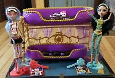 Monster High doll Dead Tired Clawdeen Bunk Beds Cleo De Nile Ghoula includes all