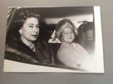 REINE ELISABETH II D'ANGLETERRE - QUEEN ELISABETH - PHOTO DE PRESSE ORIGINALE