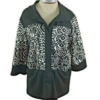 Focus 2000 blazer top Size 12P black white geometric snap closure pockets